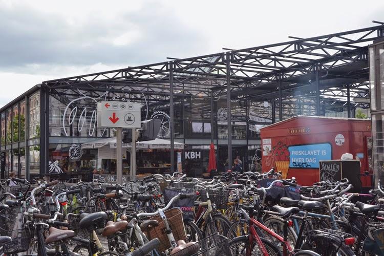 Bicis en mercado de Torvehallerne | stylefeelfree