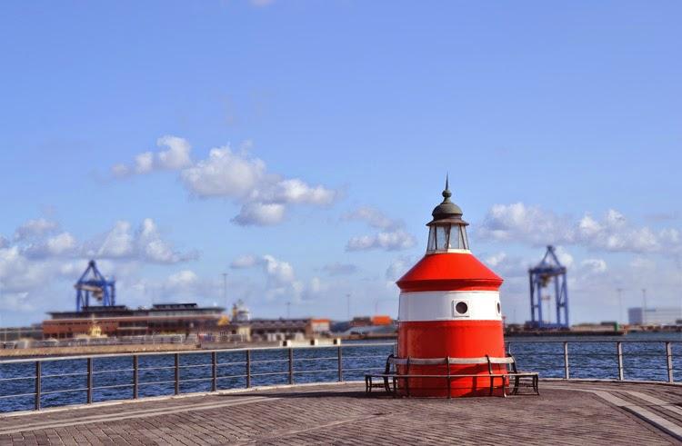 Faro rojo en Langelinie, Copenhague | stylefeelfree