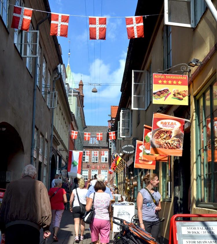 calle en Helsingor, Dinamarca | stylefeelfree