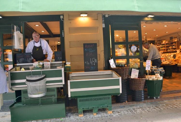 Tienda de quesos en Helsingor, Dinamarca | stylefeelfree