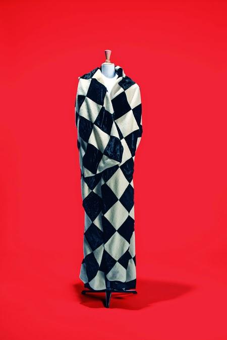 Yohji Yamamoto | Exposición de Moda francesa, Fashion Mix | StyleFeelFree