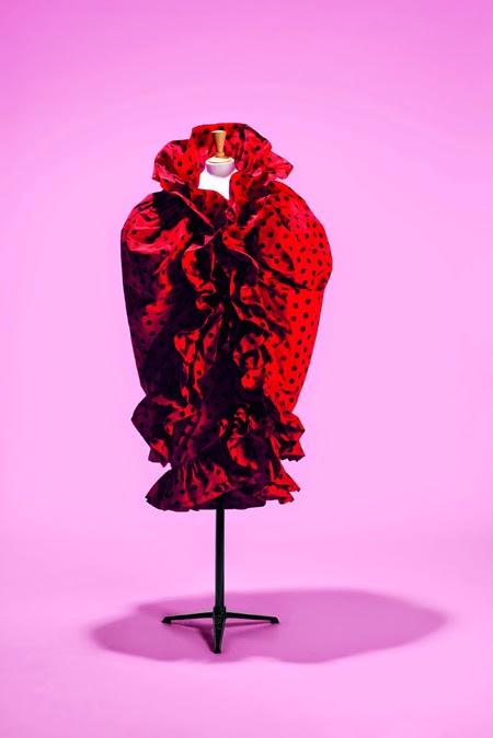 Cristóbal Balenciaga | Exposición de Moda francesa, Fashion Mix | StyleFeelFree